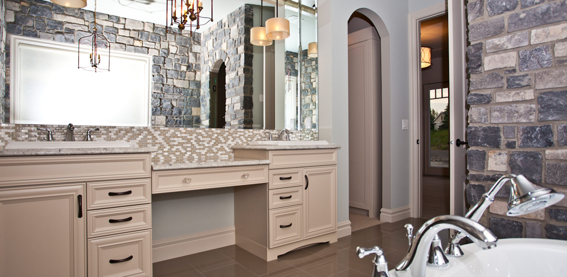 luxury-home-ensuite-9